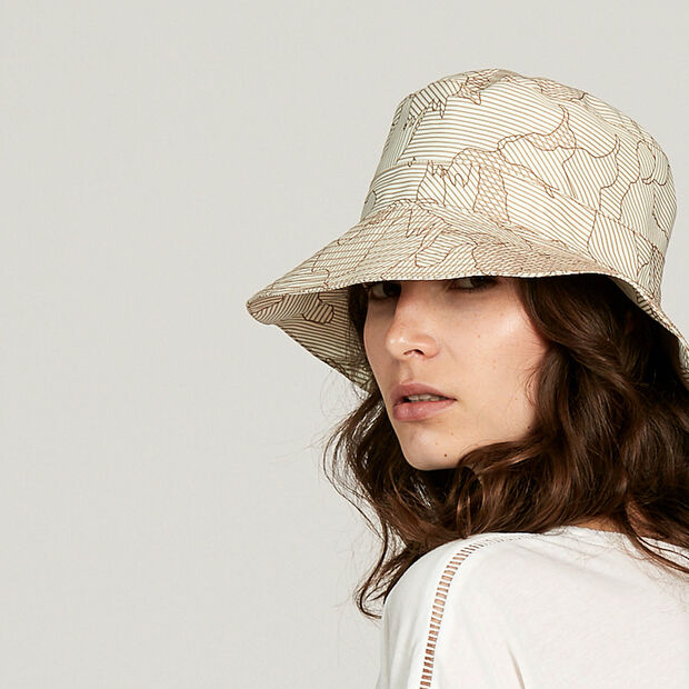 Women's waterproof decorative rainhat