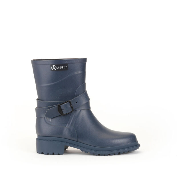 5b7d349dadf7 Women s rock-inspired rubber boots ...