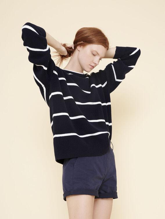 Großer Pullover im Marine-Look