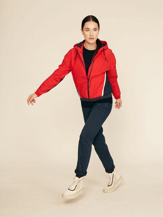 Lightweight waterproof sportswear jacket