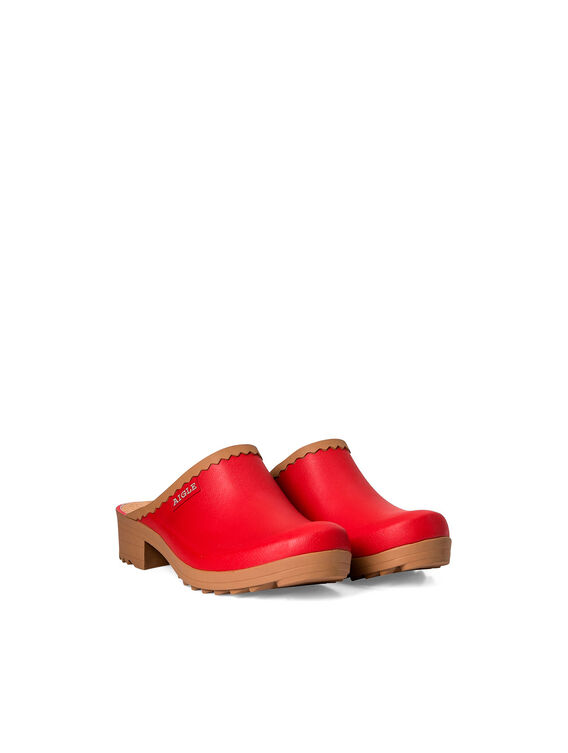 Women's rubber clogs