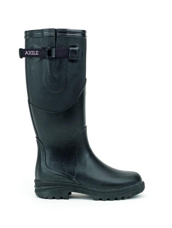 Women's walking boots