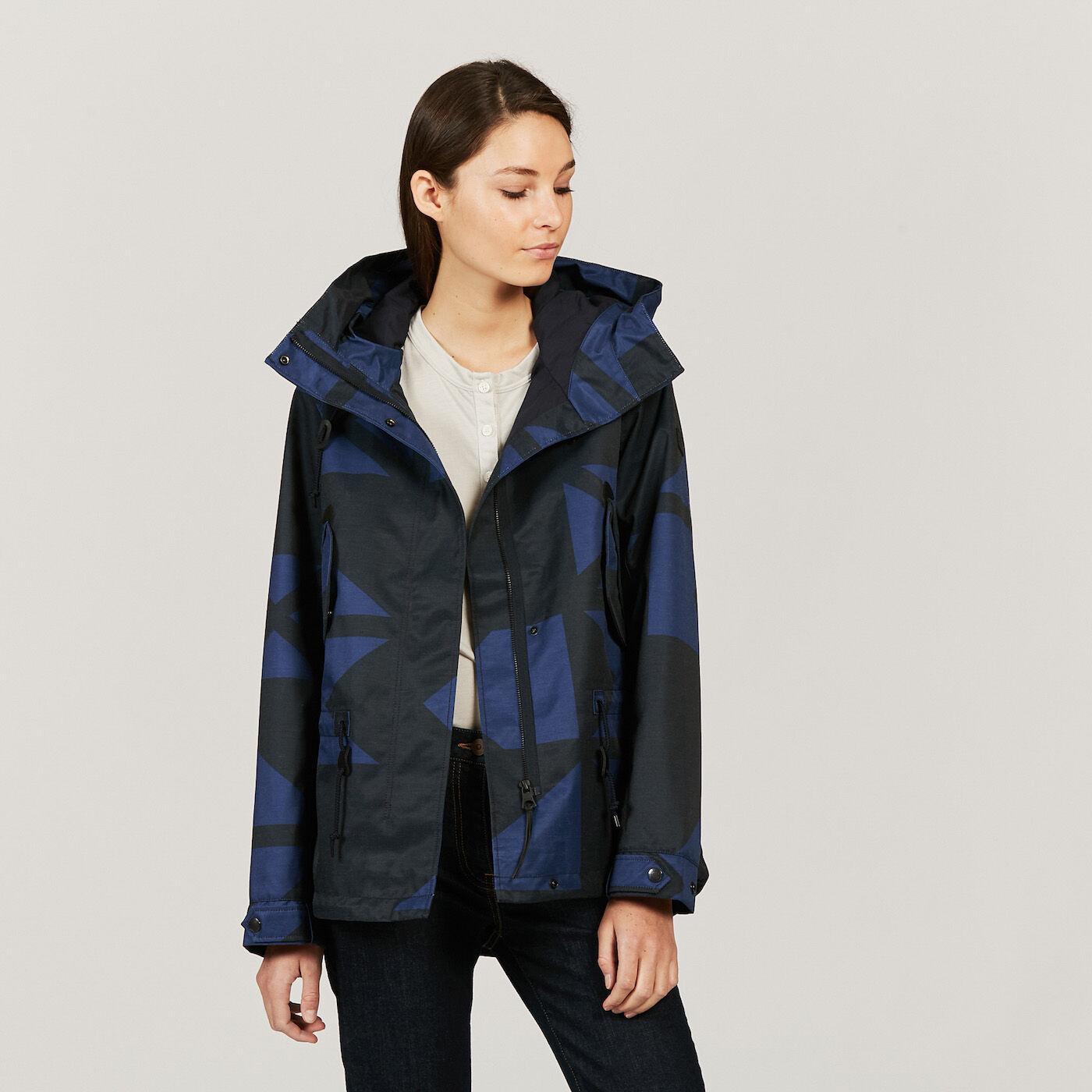Style de manteau pour femme petite