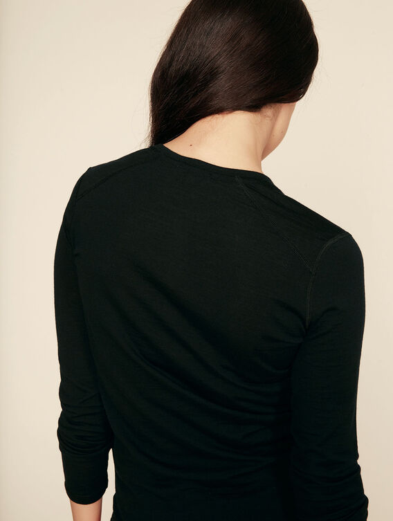 Henley neck base layer