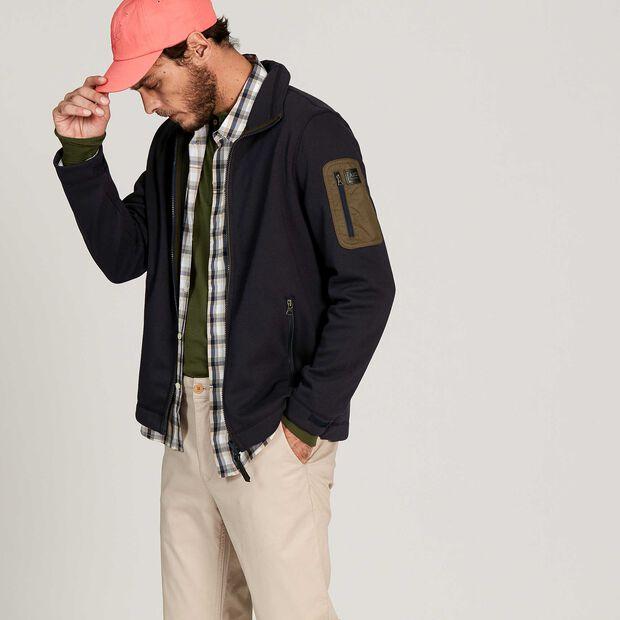 Insulating and comfortable fleece jacket
