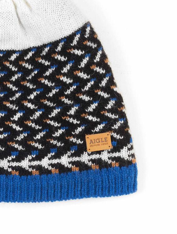Damenmütze gegen die große Kälte