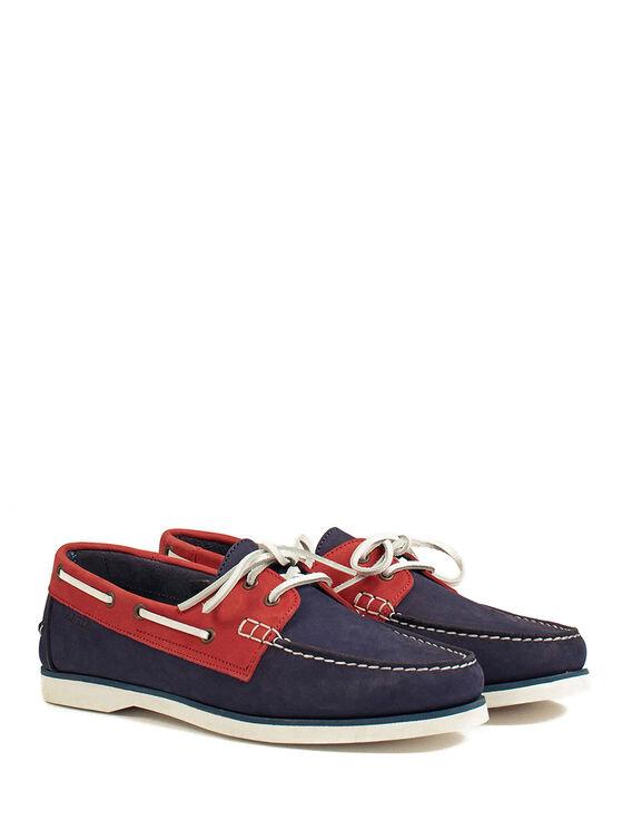 Men's flexible boat shoes