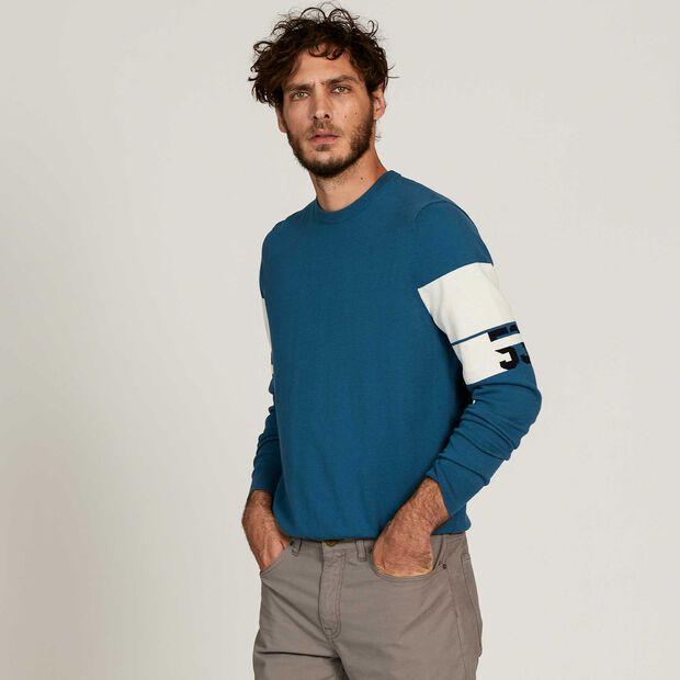 Pullover im Marine-Stil