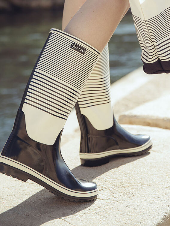 Women's striped boots