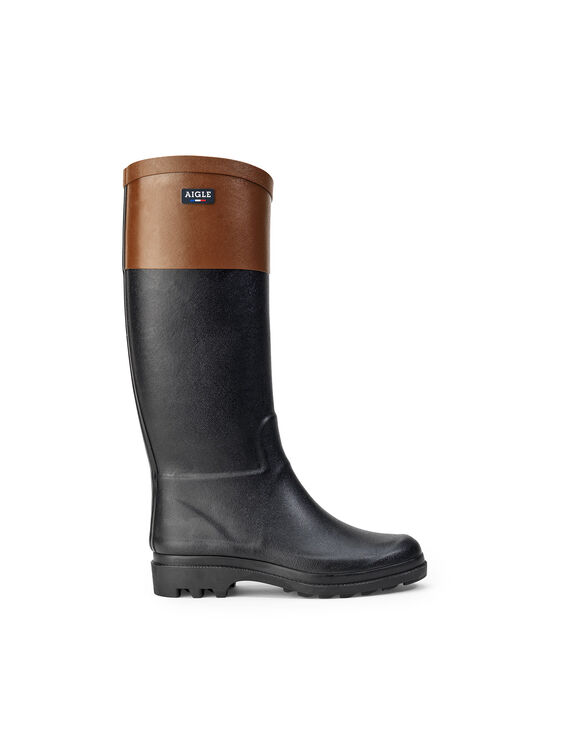 Women's grip-sole boots