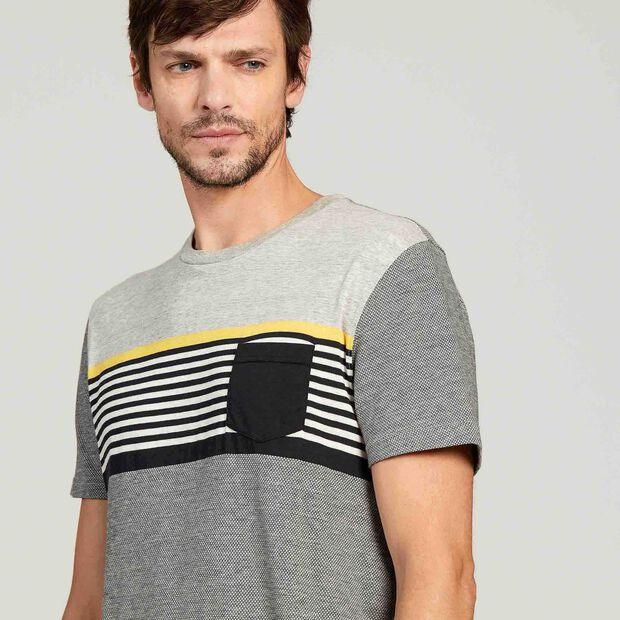 Short-sleeved anti-UV T-shirt
