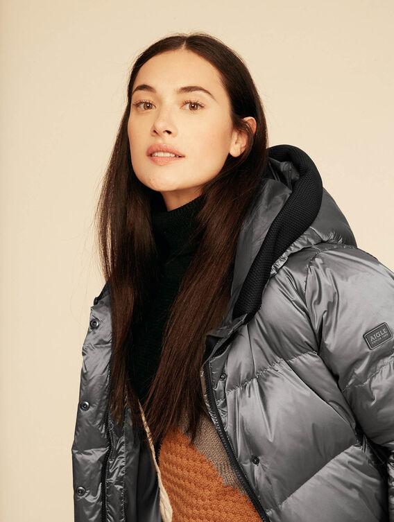 Short iridescent down jacket
