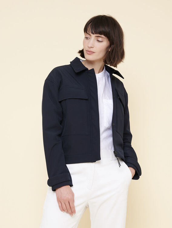 Mid-season water-repellent jacket