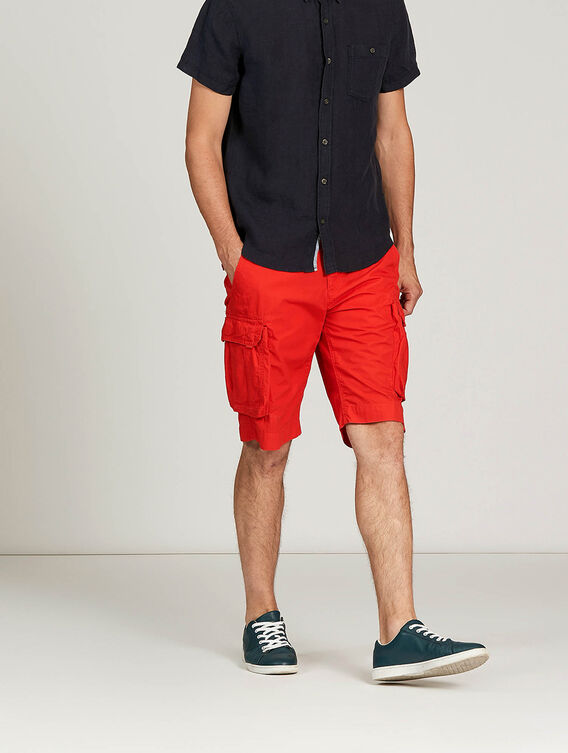 Summery bermuda shorts